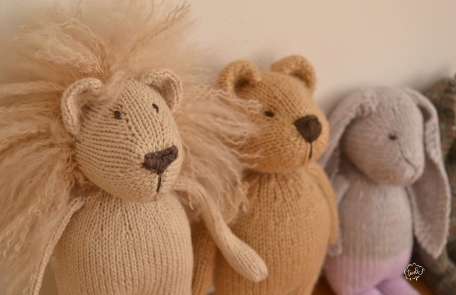 Leão, urso e coelho